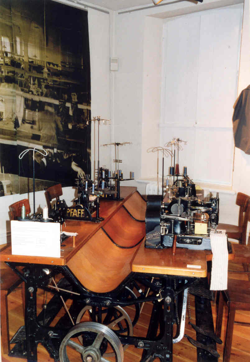 Mit Nadel Und Faden Pinneberg Museum
